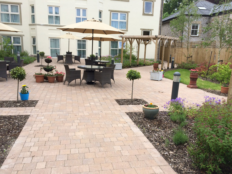 Hard landscaping retford jps contracts for Hard landscaping